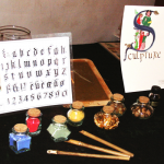 Outils et couleurs utilisés par les moines