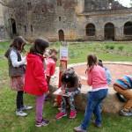 Jeu de piste pédagogique cloître abbaye St Avit Sénieur plantes pot pourri